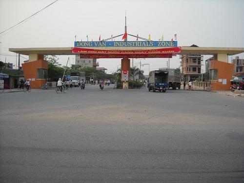Hút bể phốt khu công nghiệp Đồng Văn 1