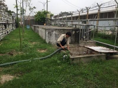 Hút bể phốt KCN Lạc Thịnh